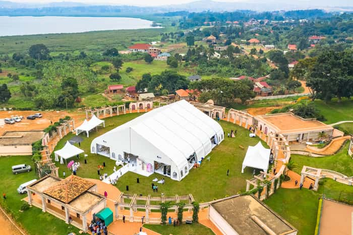 wedding tent types -executive curved tent